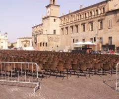 Manifestazione in piazza a Carpi