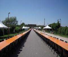 Tavoli e sedie a noleggio per cena Nodo d'amore Valeggio Sul Mincio